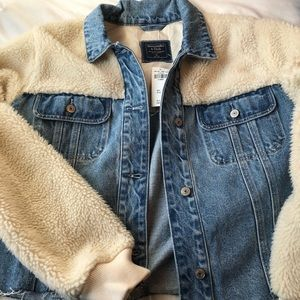 NWT Abercrombie XL Denim Sherpa Jacket Oversized